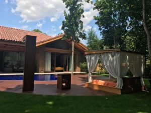 pergola for the pool